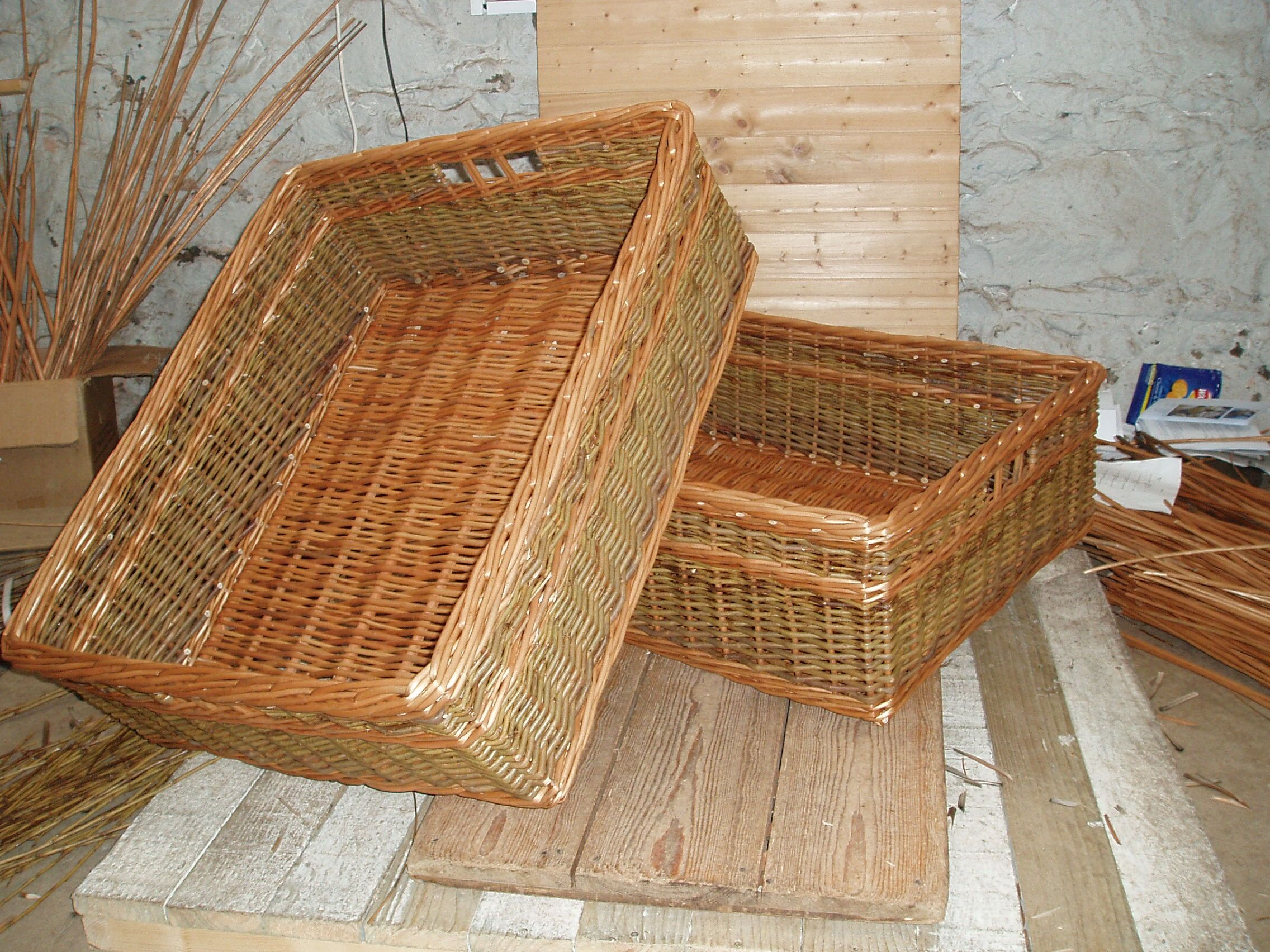 Home underbed storage baskets wicker underbed storage basket - Under Bed Baskets 30 X 25 X With Finger Holes In Buff And Green Willow