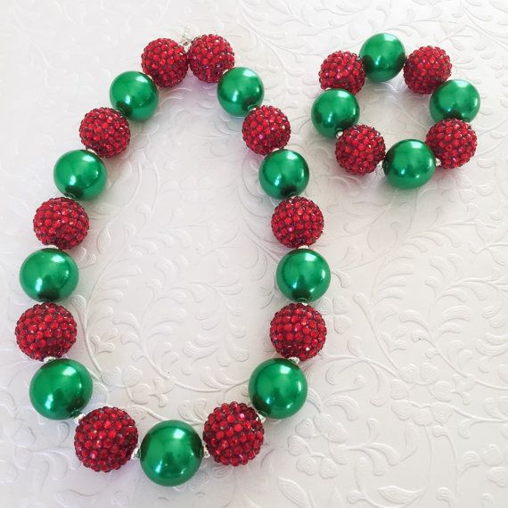 12bbc13b63db Your little princess will look dazzling in this chunky bubblegum necklace.  This necklace is made with quality 20mm shiny green and red sparkle chunky  ...