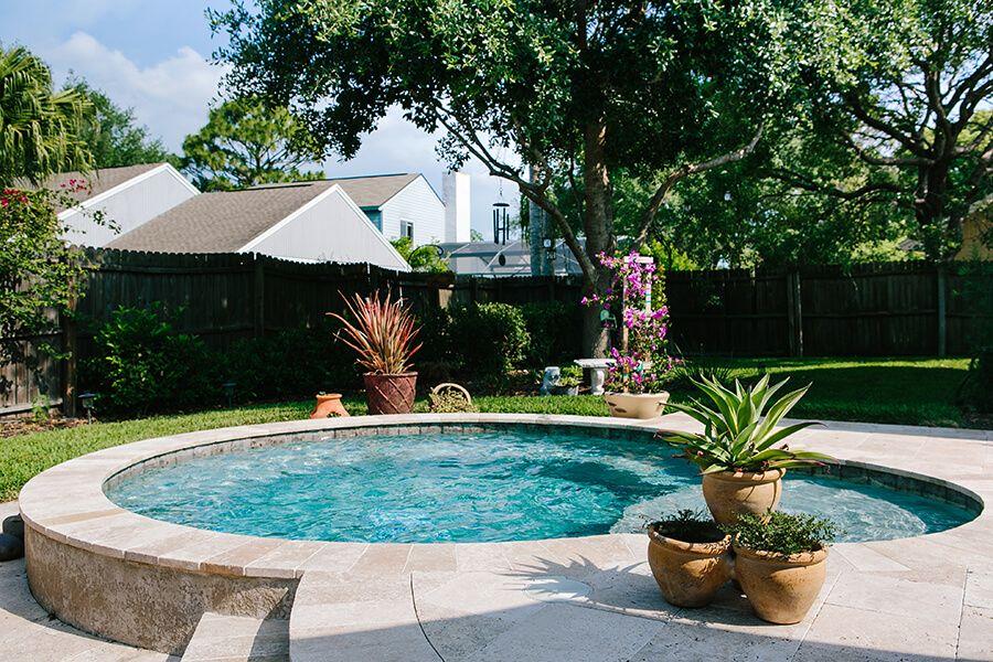 Small Pool Designs Spools Pools For Small Backyards Small Pool Design Swimming Pool Designs Spool Pool