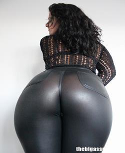 The Big Ass Girl Tight Ass Preto Espolio Brilhante