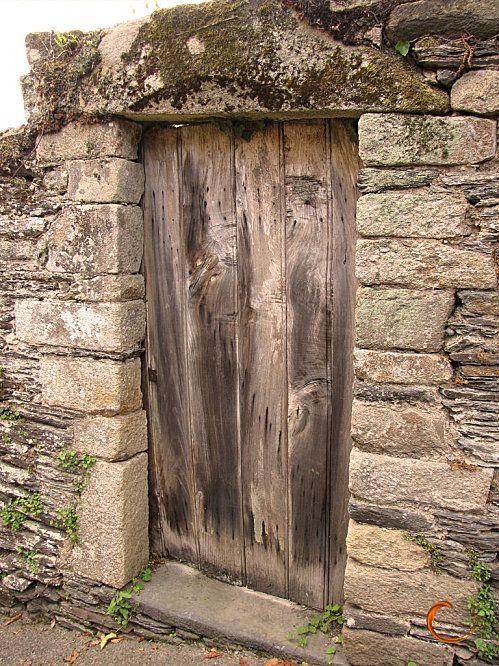 portes anciennes portes anciennes la pont aven portes portes anciennes trois portes. Black Bedroom Furniture Sets. Home Design Ideas