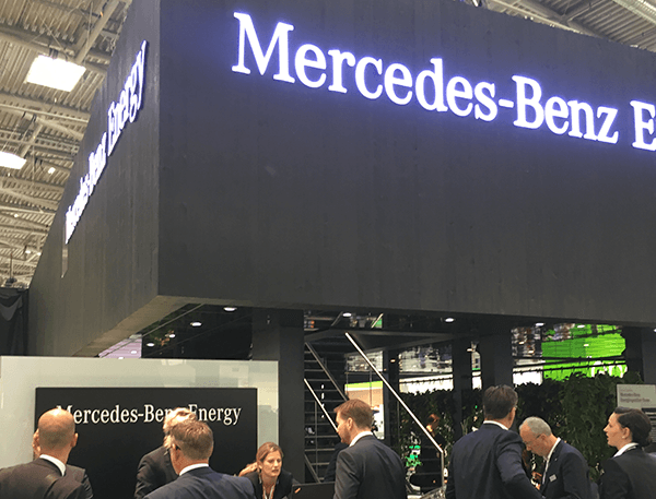 Intersolar-Neuheit: Mercedes Benz stellt den neuen Energiespeicher HOME vor