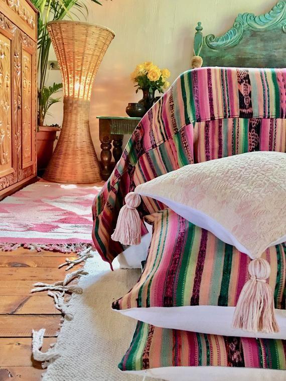 "18"" x 18"" Guatemalan Textile  Throw Pillow - Ikat Stripes - Pink and Green Boho pillow - Vintage Boh"