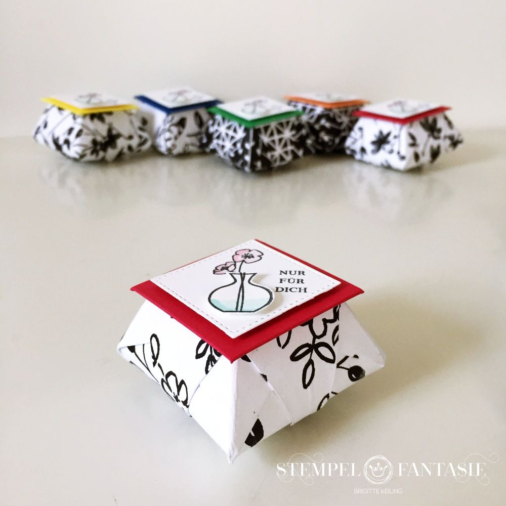 Photo of Origami jewelry box with video tutorial