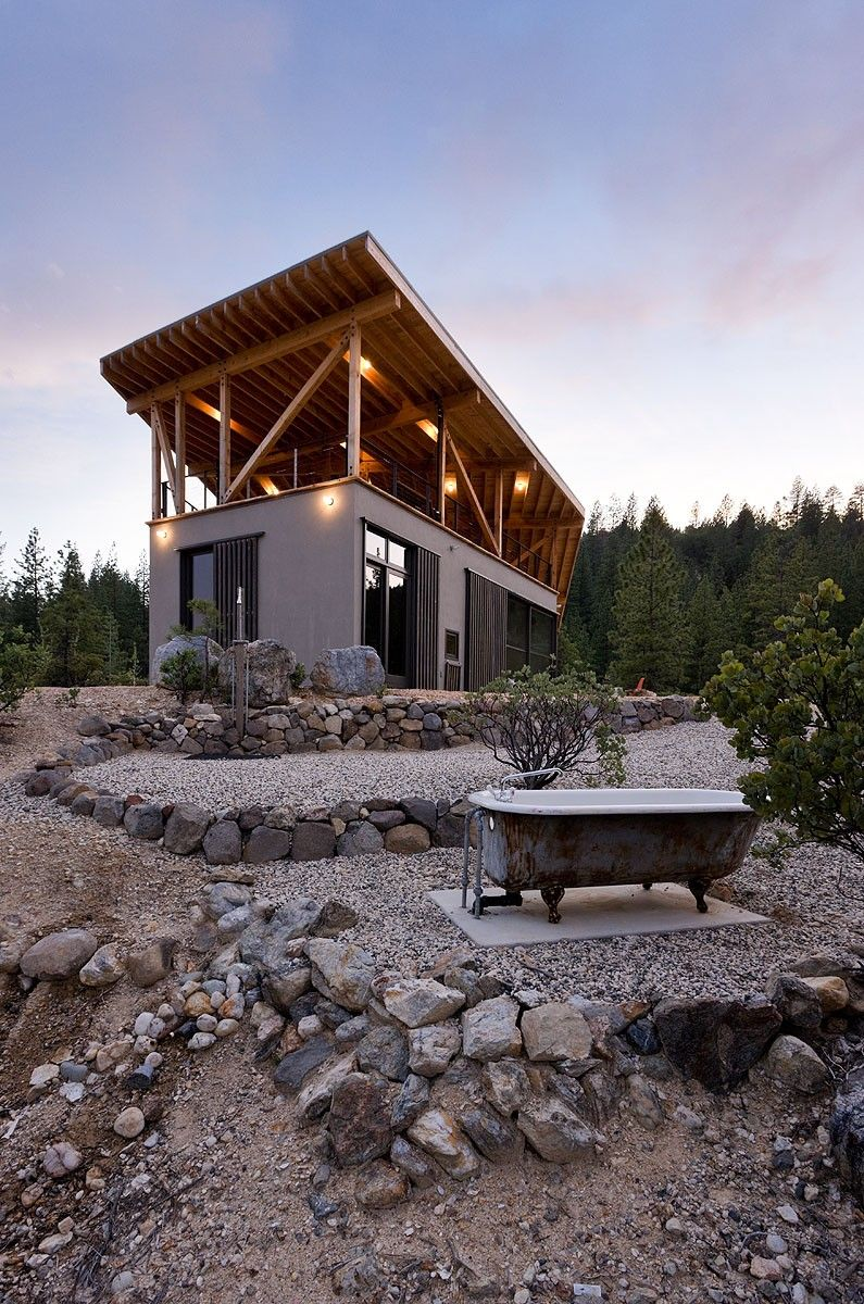 modern cabin house mountain house designed by atelier bow wow and constructed