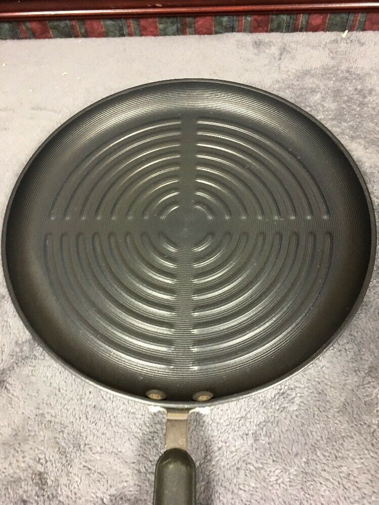 New Circulon 12 Inch 12 Round Nonstick Grill Pan Grill Pans Ideas Of Grill Pans Grillpans Grill Pan Grilling Cast Iron Grill Pan