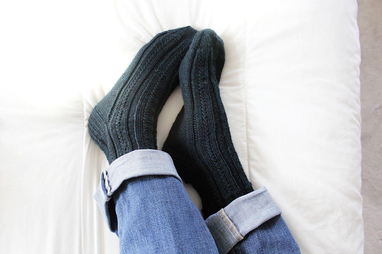 Liesl Made Skyp Socks Knitting patterns free, Free