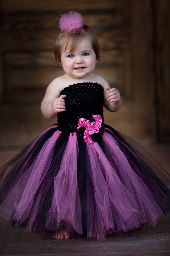 Newborn Size 12 Black and Shocking Pink Tutu por krystalhylton ...