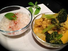 Blumenkohl und Brokkoli in Kokos-Curry-Soße - vegan | cauliflower and broccoli with coconut-curry-sauce - vegan