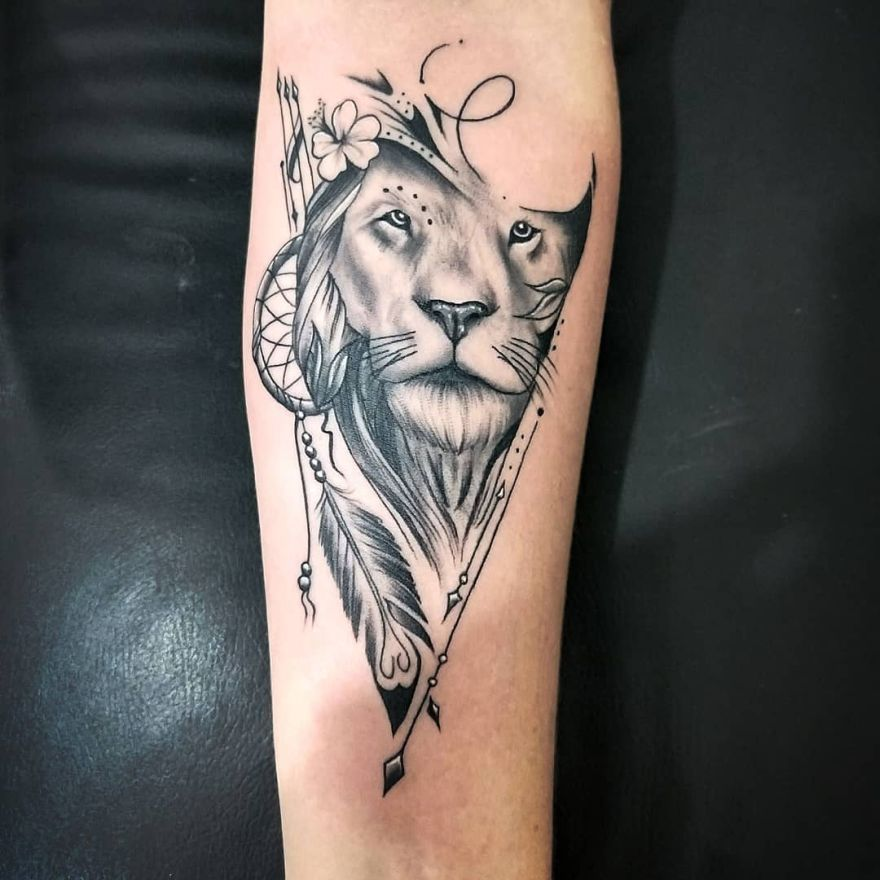 Feminine Lion Tattoo Tattoos Lion Tattoo Body Art Tattoos