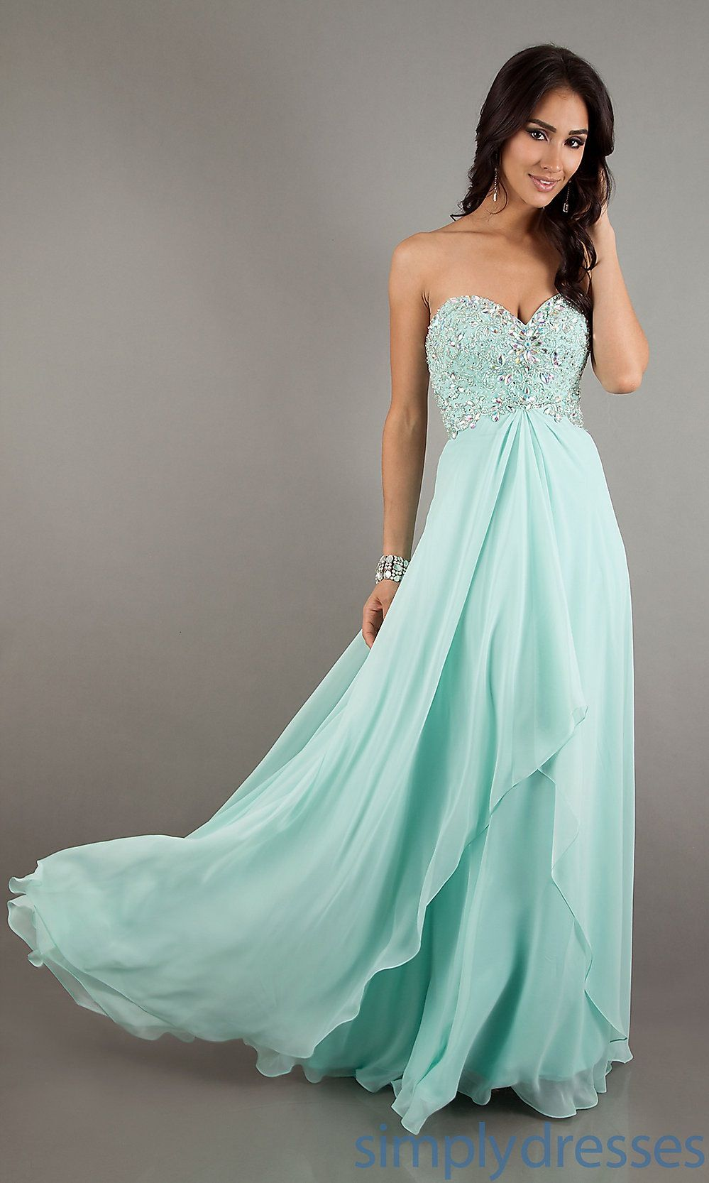 I wish it would be a little closer to neck and with sleeves | Prom ...