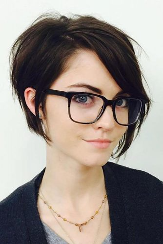 25 Perfect Short Hairstyles For Fine Hair Lovehairstyles Com Long Face Hairstyles Hairstyles For Round Faces Short Hair Styles For Round Faces