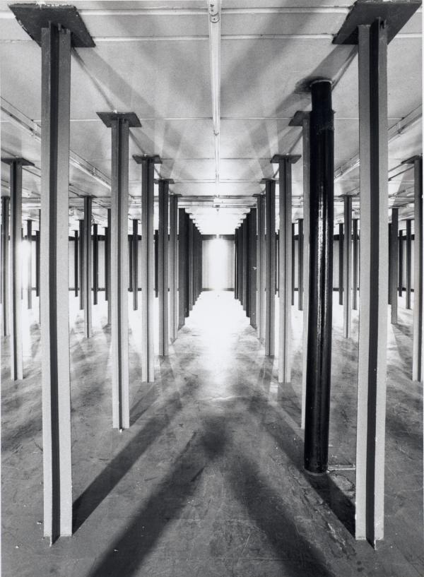 Immersion Dans Les Archives Le 17e Etage Di Silo Vide Fonds Didier Nicole Serie Bibliotheque Municipale Prise De Vue Juin Rhones Alpes Etages Alpes
