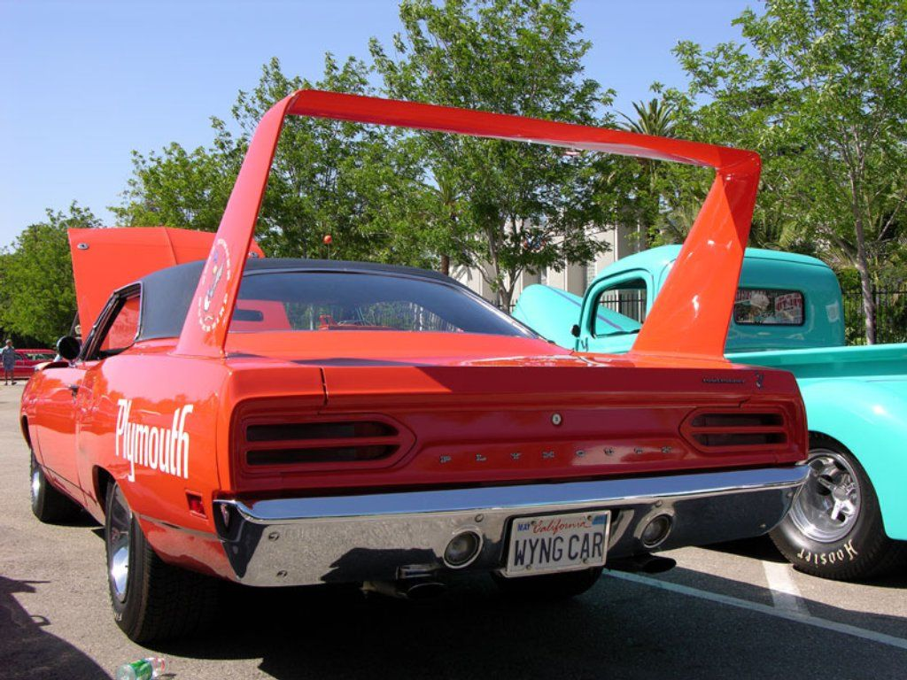 Ten Facts About the 1970 Plymouth Superbird: 6. The huge rear wing ...