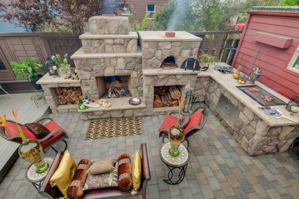 Outdoor Kitchen Designs Featuring Pizza Ovens Fireplaces And Other Cool Accessories Outdoor Kitchen Design Outdoor Kitchen Backyard Fireplace
