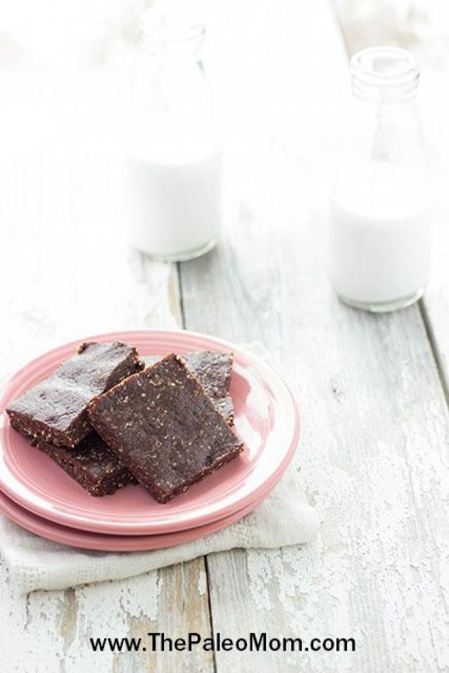 Chocolate-Date Squares ~ The Paleo Mom