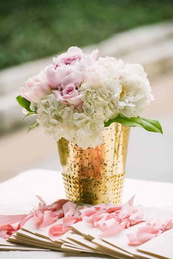 chic wedding centerpiece; photo: SMS Photography