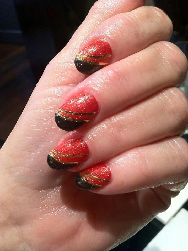49er\'s #nails #fanicure | \