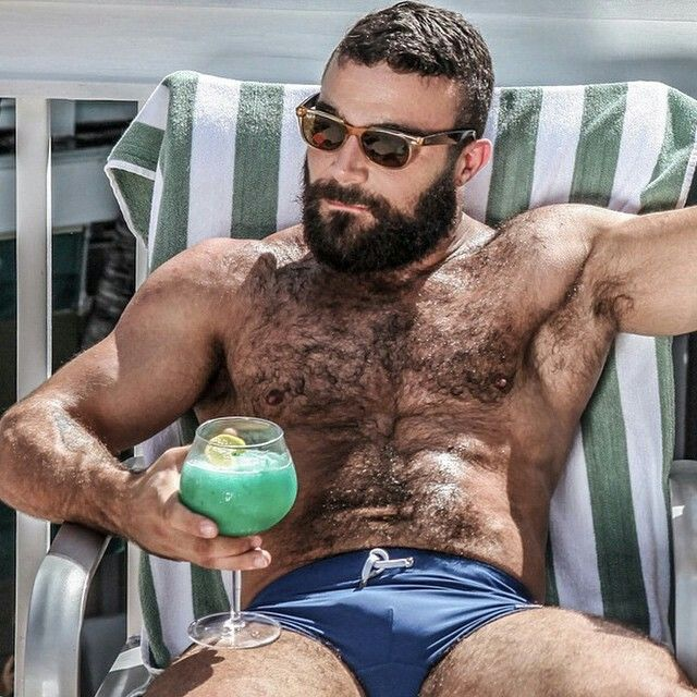 hairy chest Gay Boys XXX / boys like to have sex with