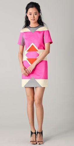short sleeve graphic print dress by derek lam