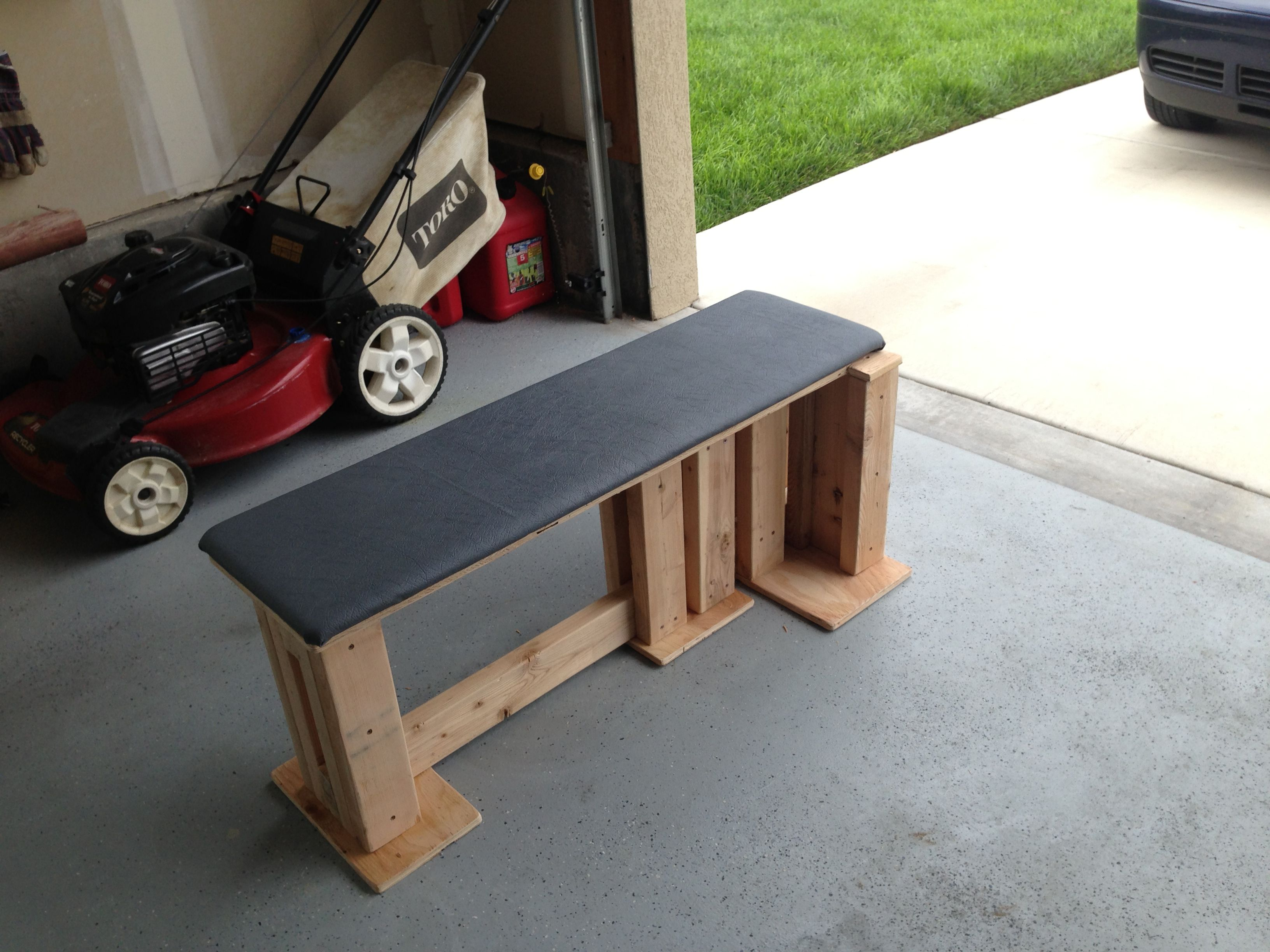 Strong homemade bench for home gym dyi homegym