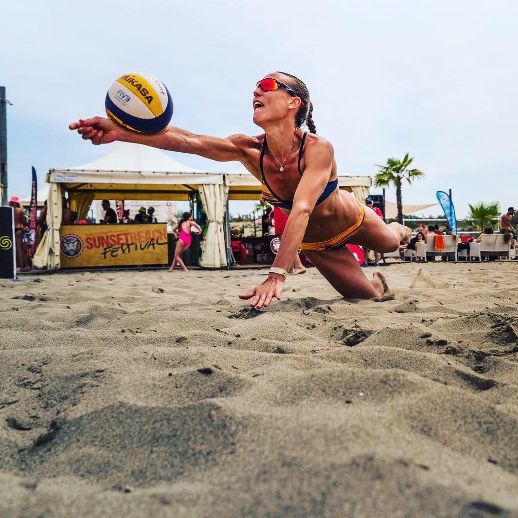 Mvp Women Sunsetbeachfestival2018 Annadalmaz Bestplayer Sunsetbeachfestival Cieloverde2018 Beabeacher Beachvolley Beach Beachvolleybal Volleybal
