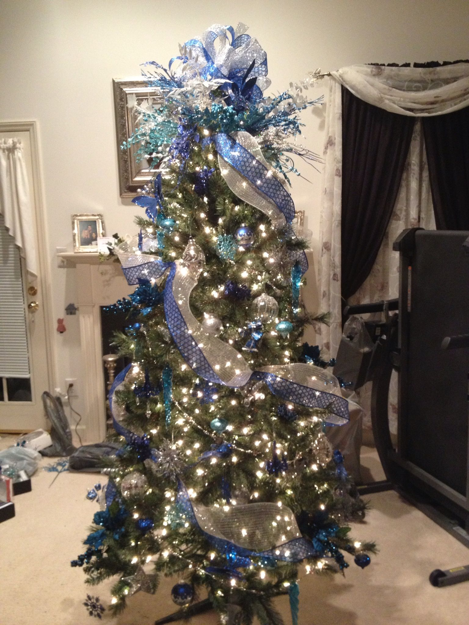 Blue and silver decorated christmas tree i made for a co for Blue decoration xmas tree
