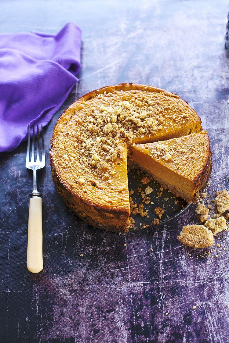 Pumpkin-walnut cheesecake