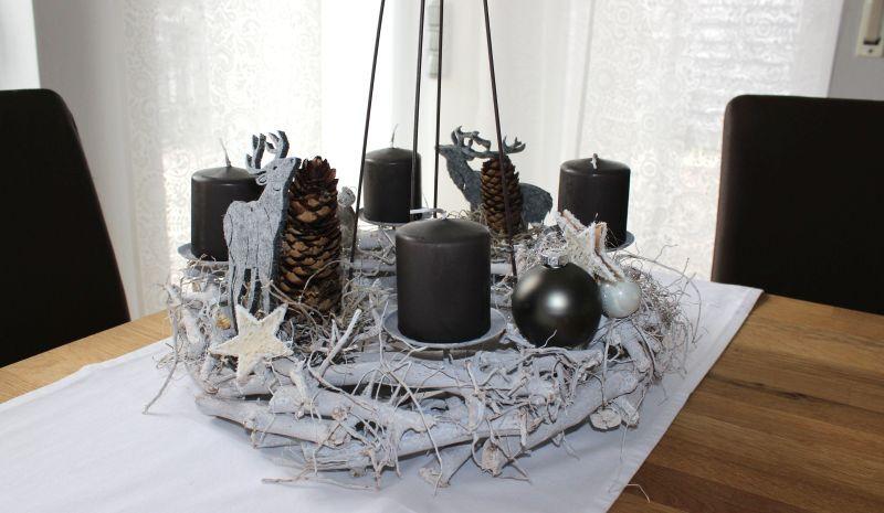 aw102 adventskranz zum stellen oder h ngen dekoriert mit zapfen filzhirschen sternen und. Black Bedroom Furniture Sets. Home Design Ideas