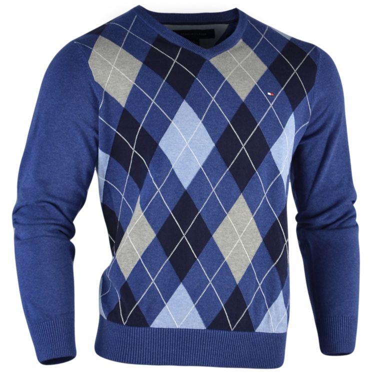 @MODA ROBLE #SweaterTommyHilfiger #sweaterescoces #sweaterdecolores #sweaterajustemediano #sweatercuellov #sweaterparaejecutivos #comprarsweaterenlinea #chilesweateronline #sweatercasual #sweaterconrombos #sweatercondisenodiamantes #sweaterazul