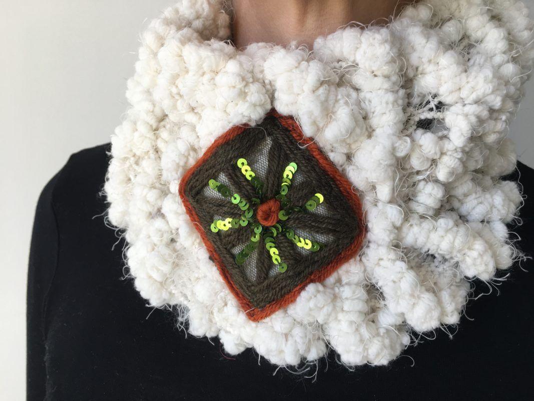Tour de cou en laine blanche 1   Lilou Création de mode   Pinterest 949b872f98a