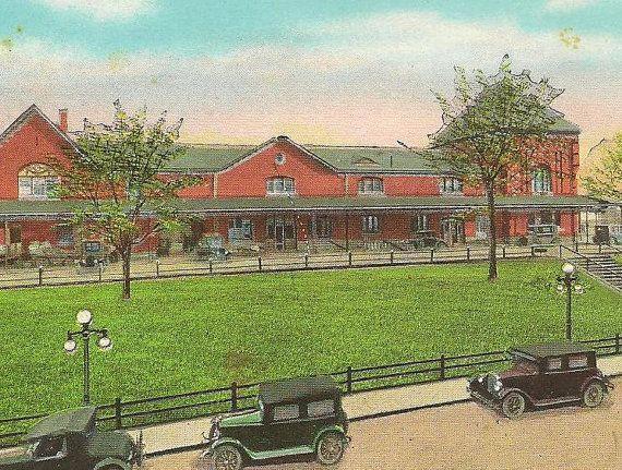 Union Station BRISTOL VA Train Station Vintage by TheOldBarnDoor