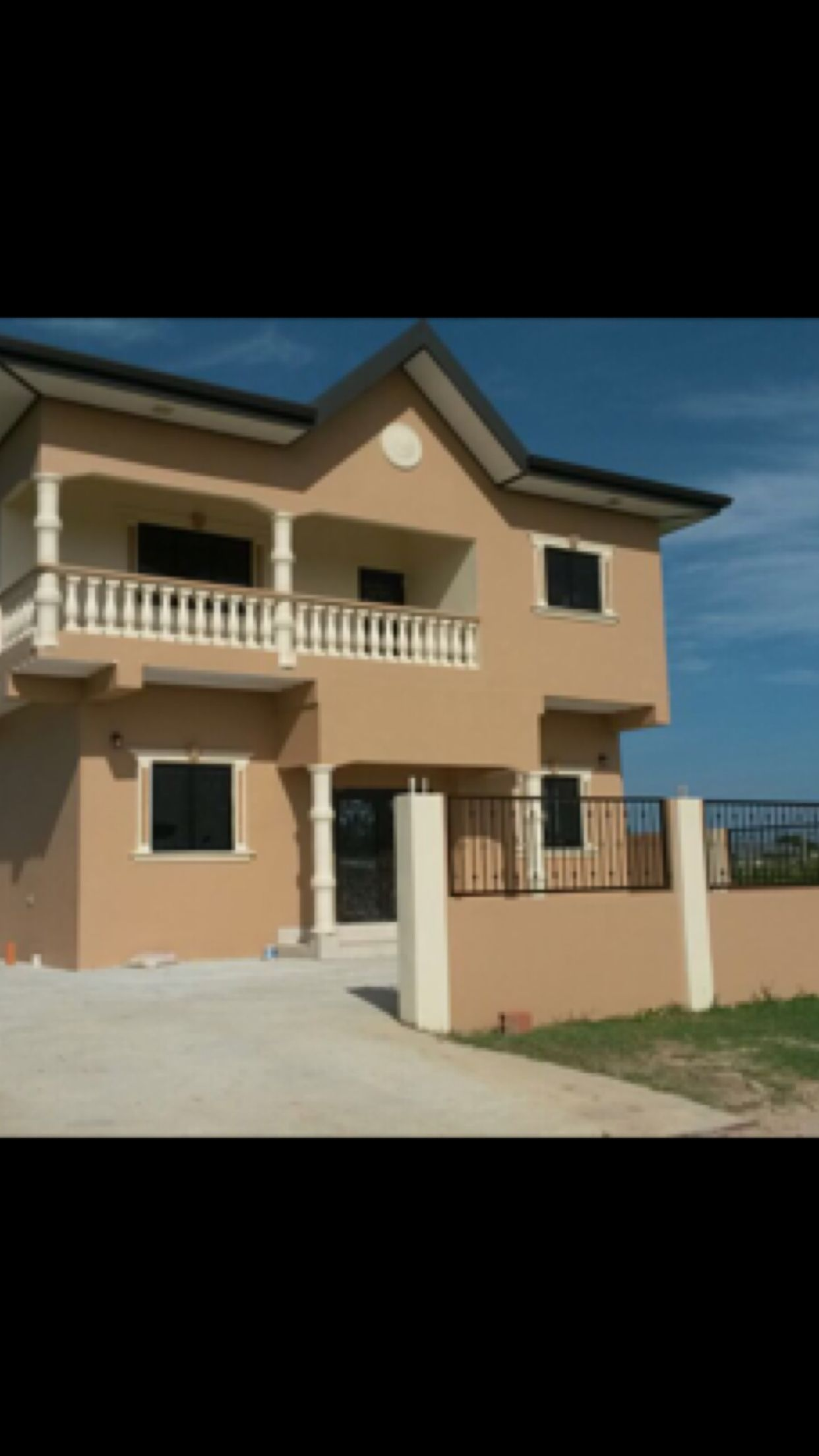 Split Level House For Sale Couva 2 2 Mill 762 4675 For More Information Split Level House House Styles House