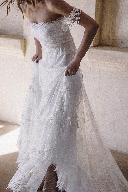Jacksonville beach weddings  BRIDE  GRACE LOVES LACE introduces a Wedding Dress designed by