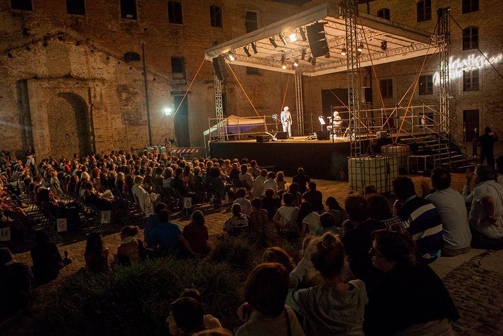 Stefano Benni e Fausto Mesolella - Adriatico Mediterraneo Festival 2013