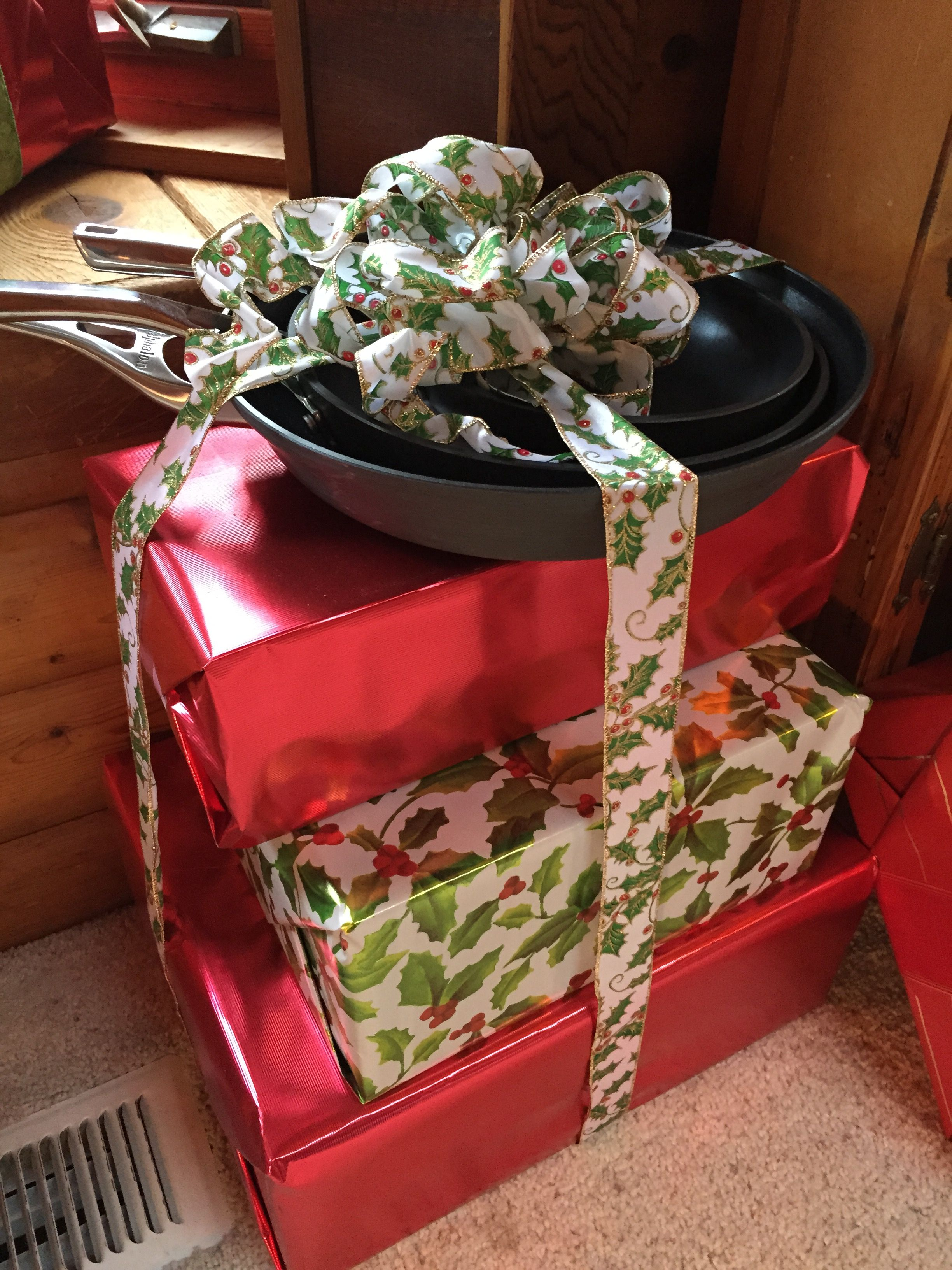 Pin by Dawn Denius on may 18 | Pretty gift wrapping ideas
