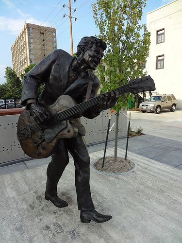 Statue Of Chuck Berry At The Loop In St Louis Missouri