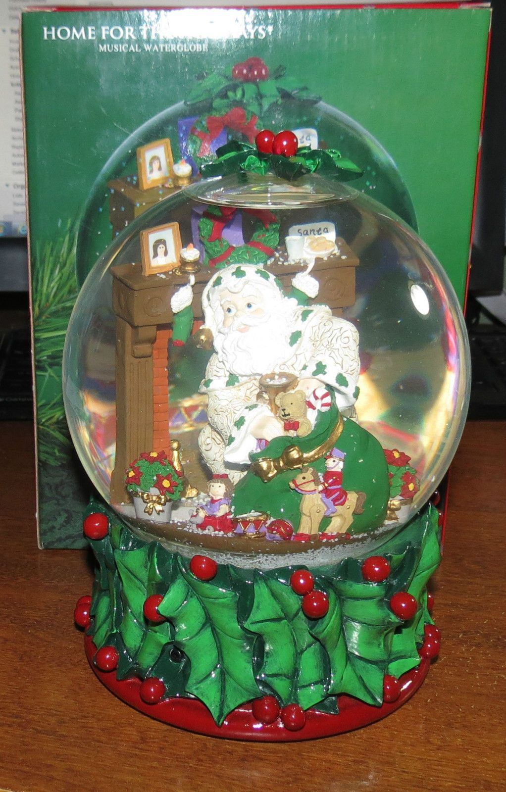 Home for the Holidays Holly Holidays 2002 Snowglobe NEW! • $22.00 • PicClick