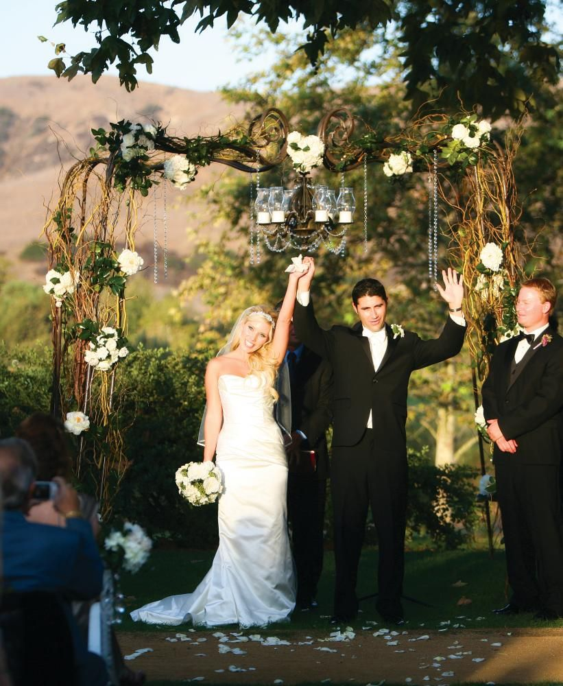 Altars Canopies Arbors Arches: Arbors, Arches, Altars, Aisles And