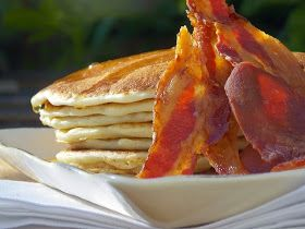 Kusina Master Recipes: American Pancakes With Bacon And Maple Syrup