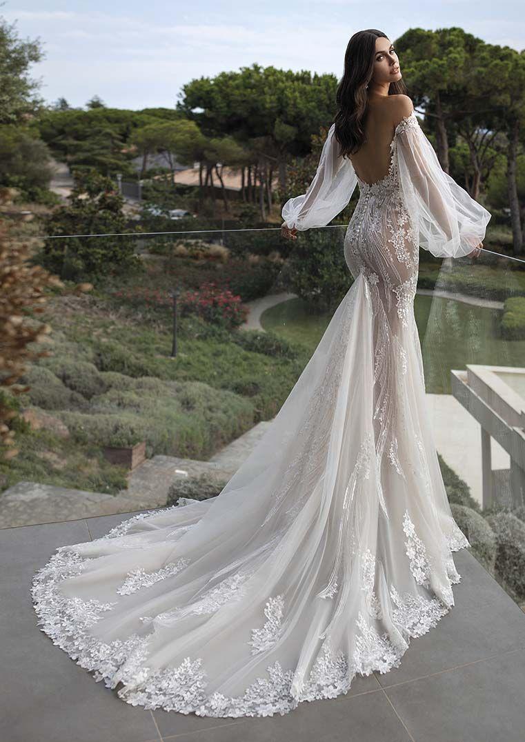 Pronovias Goddess Talia Bei Betti B Hochzeitsvilla Fee Brautkleid Pronovias Brautkleid Kleid Hochzeit