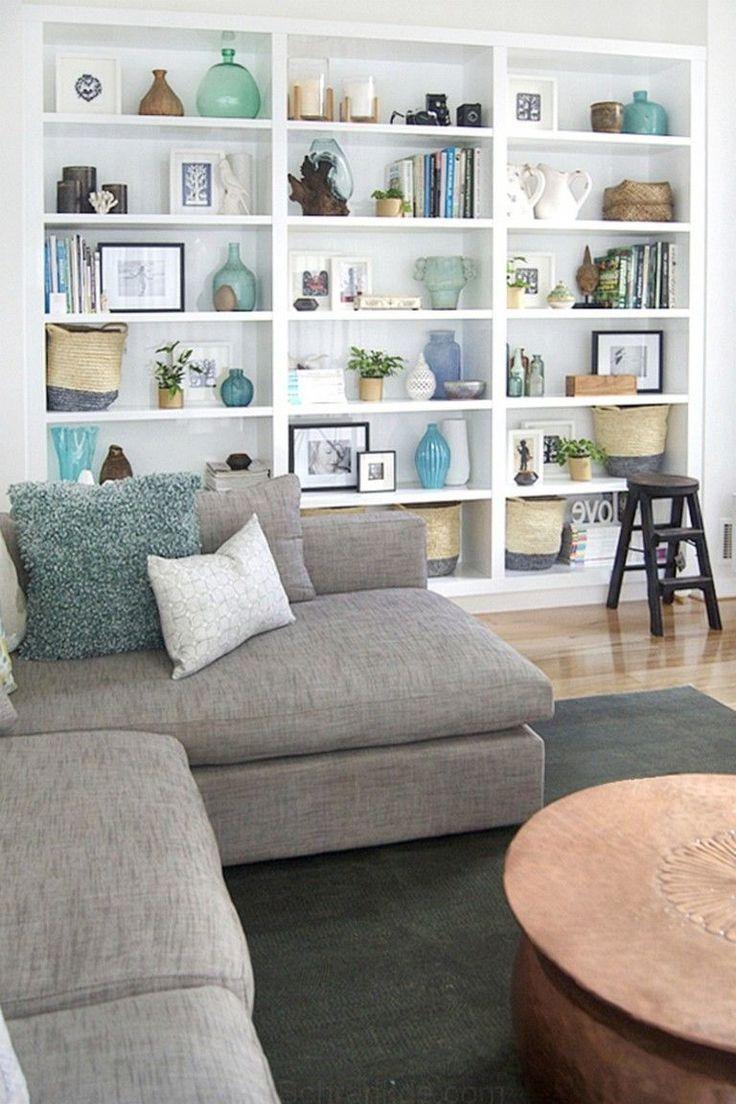 77 Ideas Principales Para Decorar Su Sala De Estar Con Detalles En Turquesa Livingroomide Living Room Shelves Living Room Bookcase Turquoise Living Room Decor