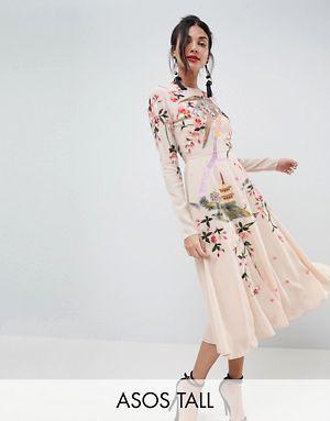 274fb5159f8 ASOS TALL - Robe mi-longue avec broderies de jolies fleurs et d oiseaux