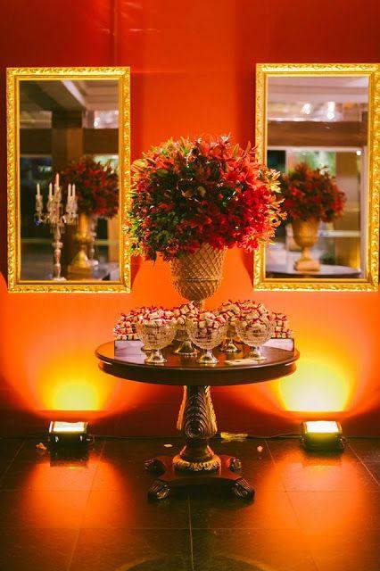 decoraç u00e3o recepç u00e3o casamento Vermelho, branco e dourado Veja mais em www casareiembrasilia com