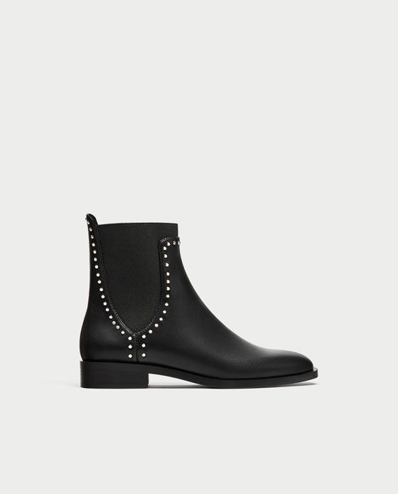 9692f3af4 ZARA - WOMAN - FLAT ANKLE BOOTS WITH STUDS Botas Zapatos