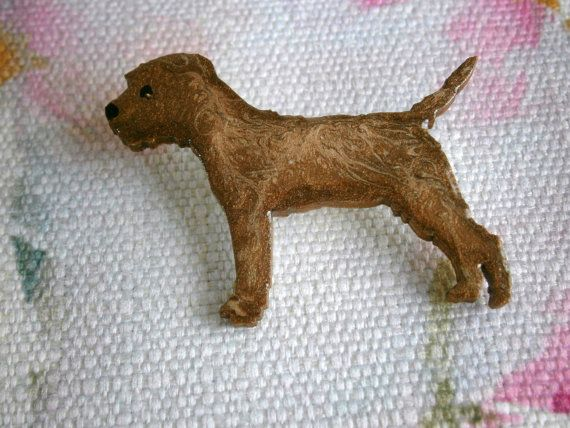Cute Border Terrier Dog Brown With Gold Fleck Brooch Pin Badge