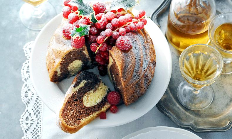 Heb je met het oog op de feestdagen een tulband gebakken en baal je ervan dat de cake zo snel droog wordt? Met deze tip blijft de cake 3 dagen langer lekker. Het enige dat je nodig hebt om je baksels 3 dagen langer vers te houden, is een appel en een luchtdicht bakje. Wat…