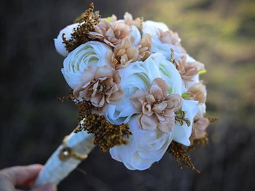 svadobná kytica z bielych pivoniek - Hľadať Googlom