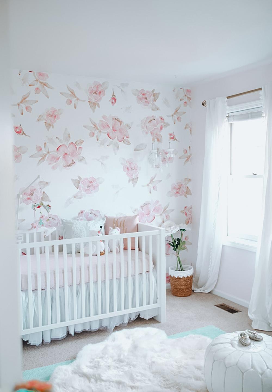 Harlow's Floral Wallpaper Nursery Reveal in 2020   Floral ...