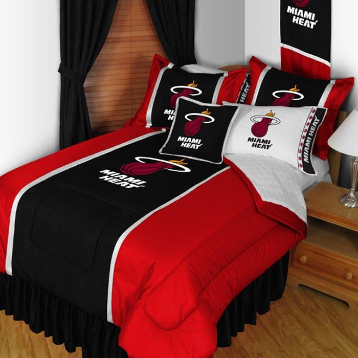 Miami Heat Sidelines Bed Comforter